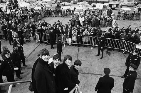 Harry Benson, Beatles arrive in New York, 1964