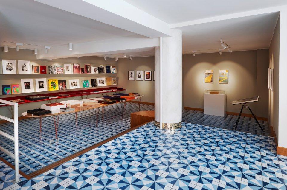 taschen verlag store k ln. Black Bedroom Furniture Sets. Home Design Ideas